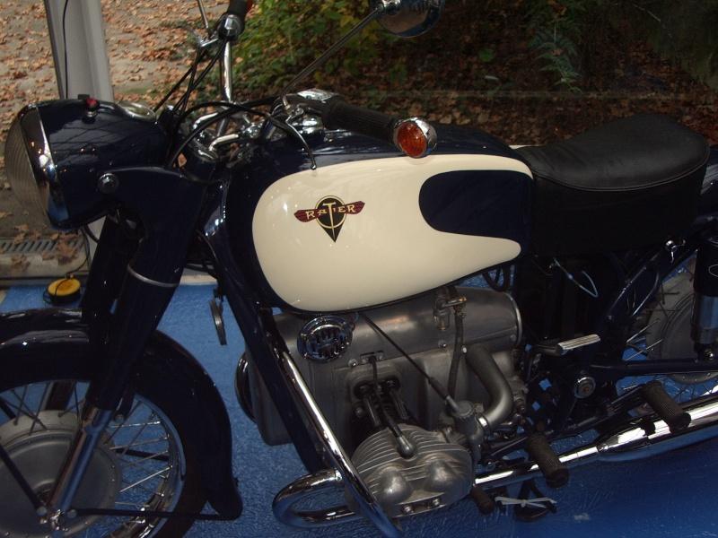 Salon moto légende à Paris le 17/18 11 2012 Imgp3511