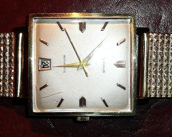 Jaeger -  [Le TOPIC des demandes d'IDENTIFICATION et RENSEIGNEMENTS de montres est ICI] - Page 39 Montre24
