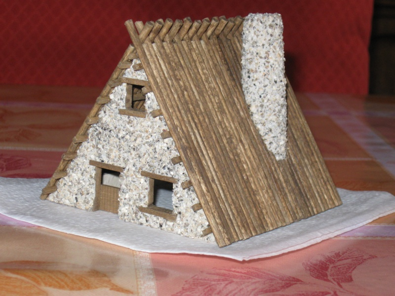 Deux petites maisons échelle HO Img_3115