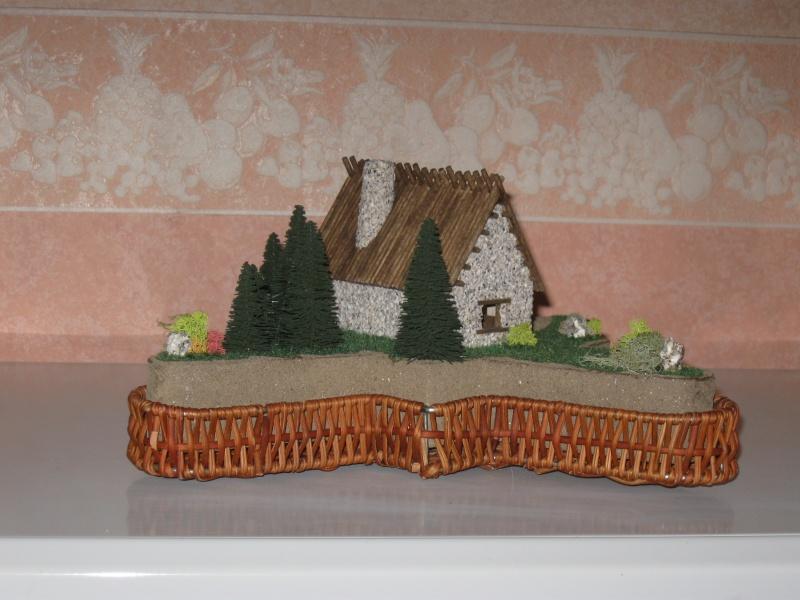 Deux petites maisons échelle HO Img_3121