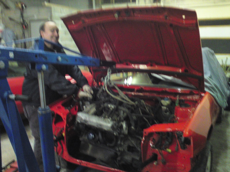 [pedrogti] 205 GTI16 Rouge Vallelunga 1990 - Page 2 8410