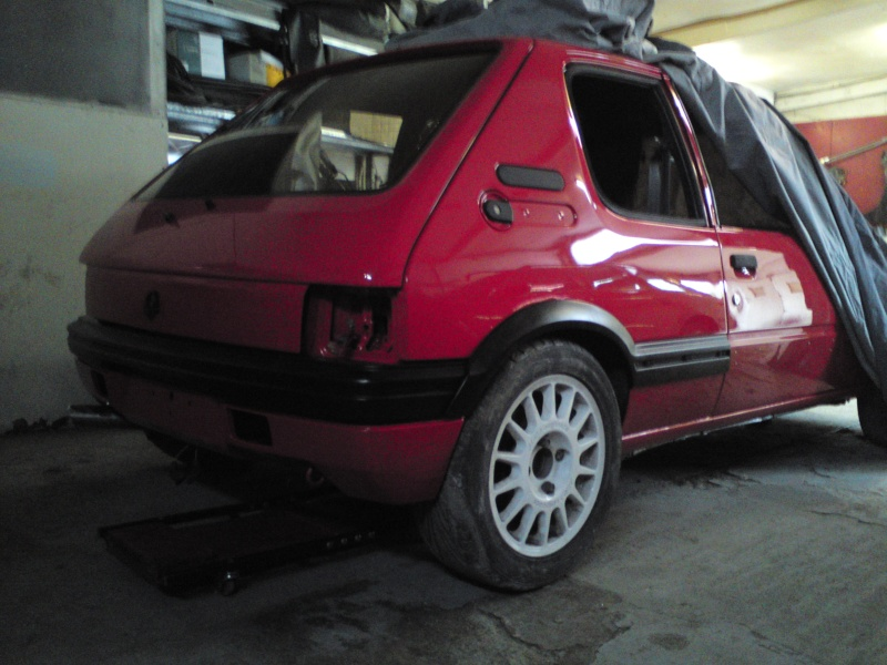 [pedrogti] 205 GTI16 Rouge Vallelunga 1990 - Page 3 8710