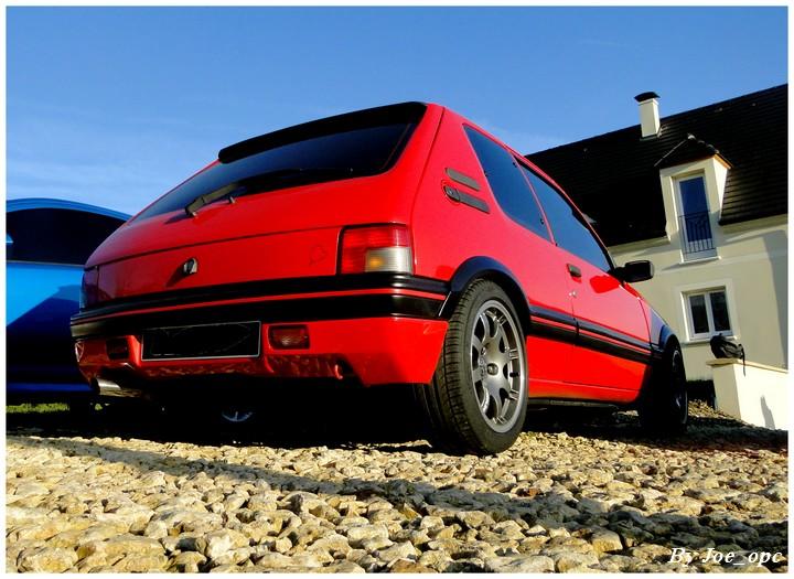 [pedrogti] 205 GTI16 Rouge Vallelunga 1990 - Page 4 Img_1417