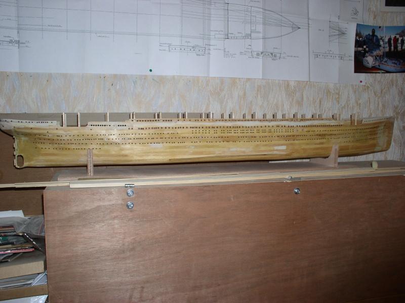 Le Titanic d'après les plan de JC ROSSO  au 1/200ème  - Page 2 P1010118