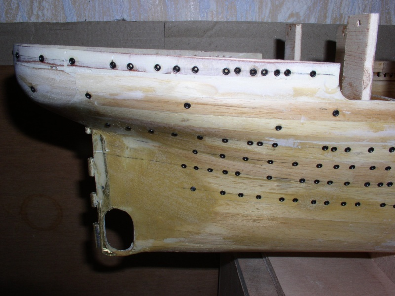 Le Titanic d'après les plan de JC ROSSO  au 1/200ème  - Page 2 P1010119