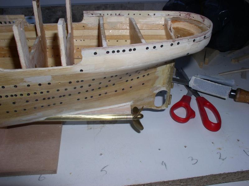 Le Titanic d'après les plan de JC ROSSO  au 1/200ème  - Page 2 P1010120