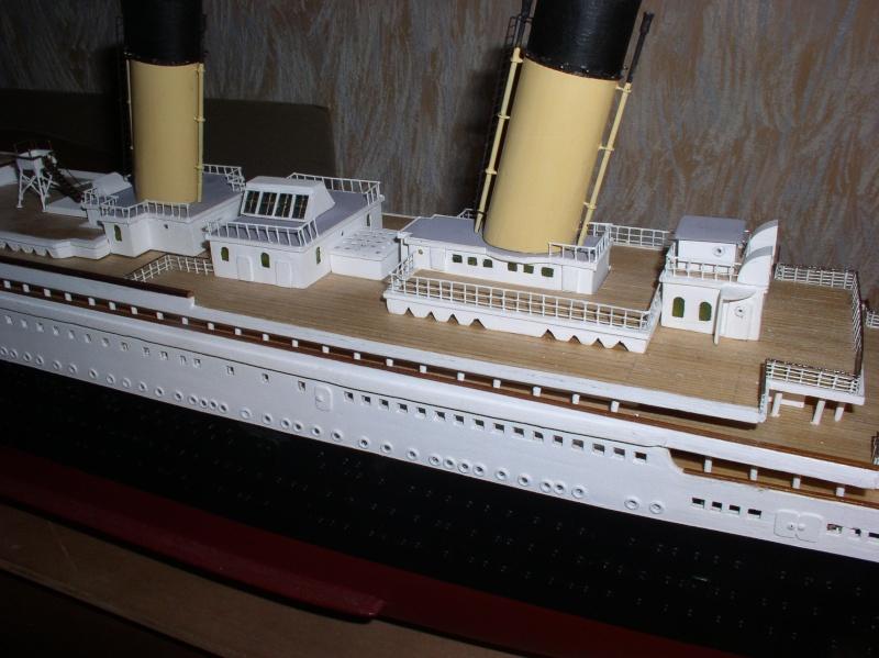 Le Titanic d'après les plan de JC ROSSO  au 1/200ème  - Page 7 P2010013