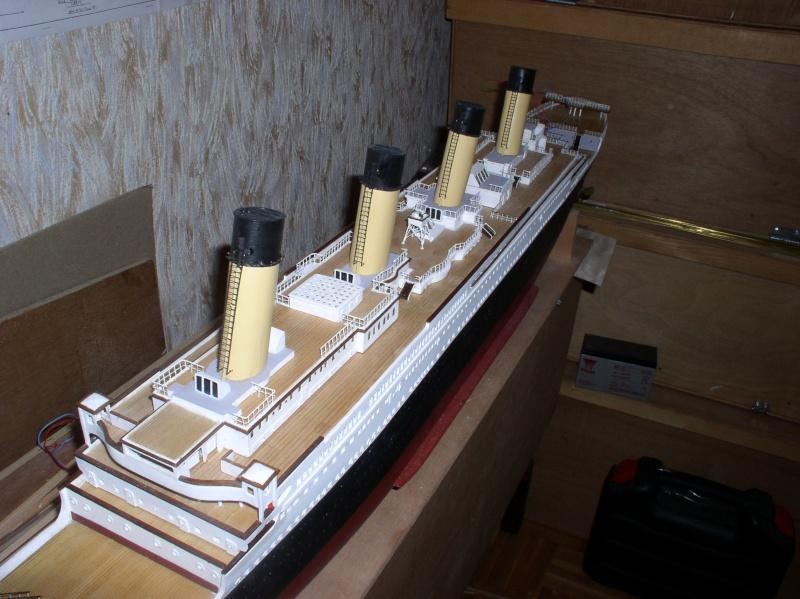 Le Titanic d'après les plan de JC ROSSO  au 1/200ème  - Page 8 P2010014