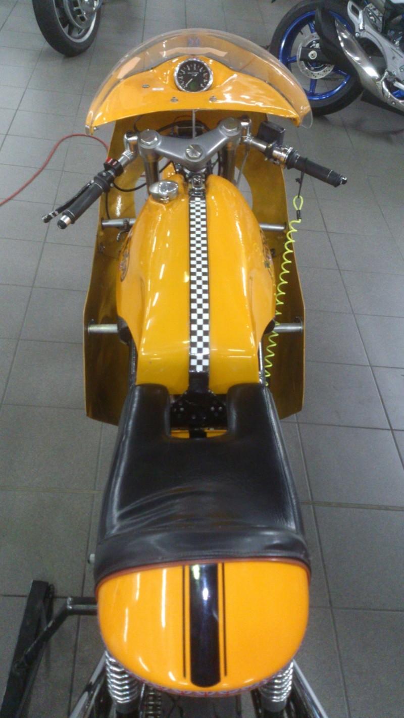 Norton jaune Dsc_0115