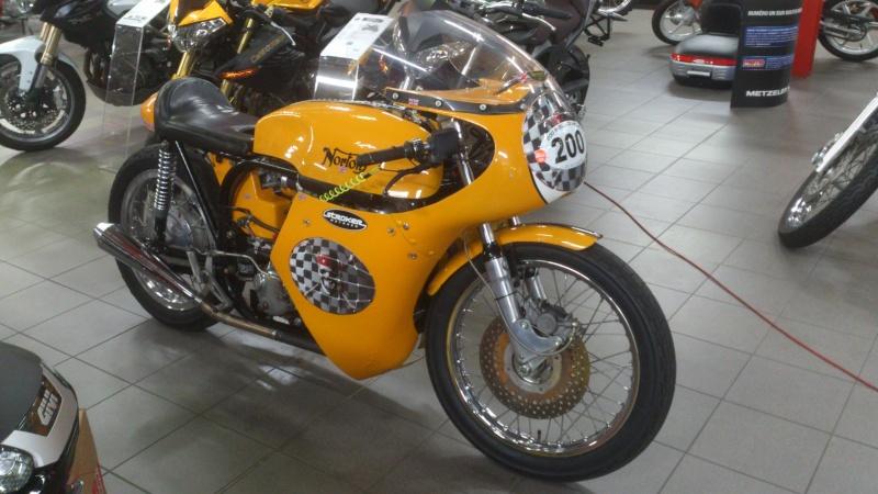 Norton jaune Dsc_0117