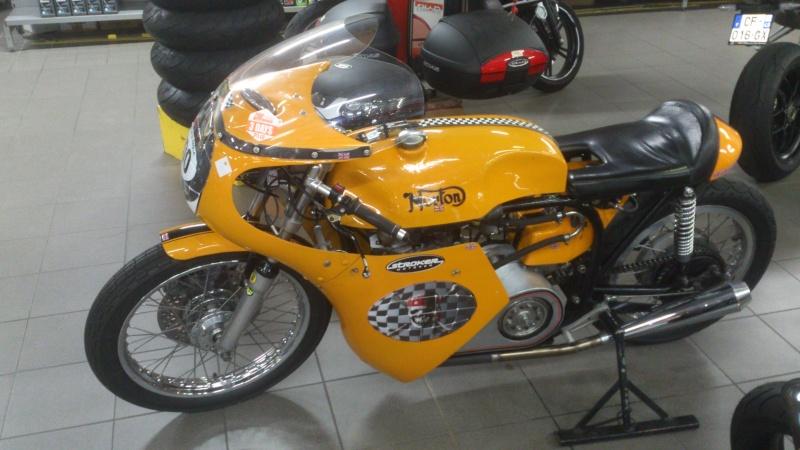 Norton jaune Dsc_0118