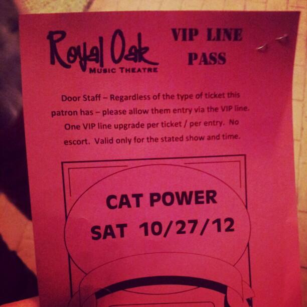 10/27/12 - Detroit, MI, Royal Oak Music Theater Carlos10