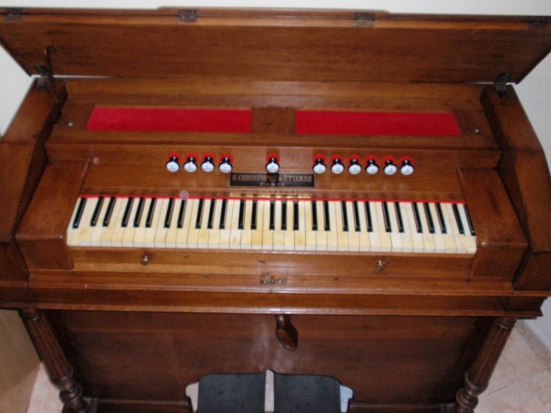 """Mon """"petit"""" harmonium Christophe et Etienne 2210"""