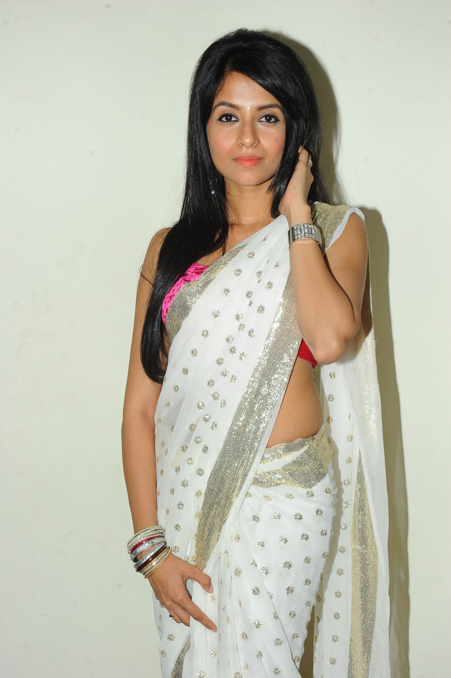 New Face Amrutha in Saree Photo Gallery Amruth10
