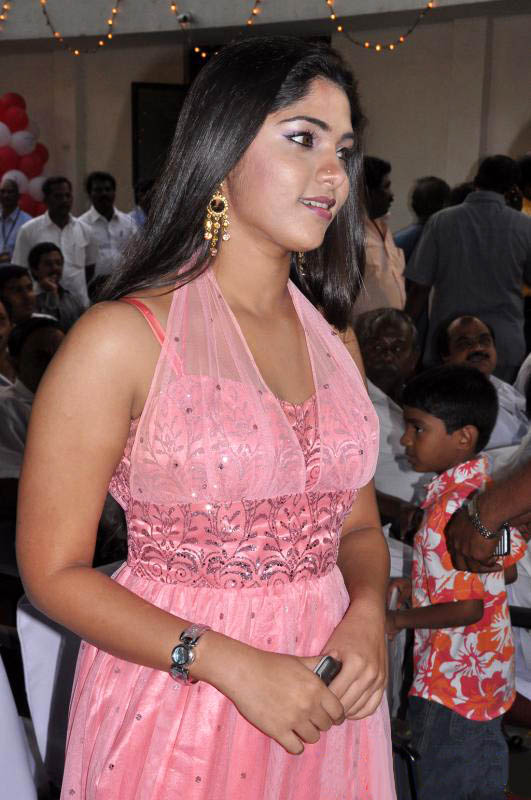Bhanu in Pink Dress Cute Photos Bhanu-15