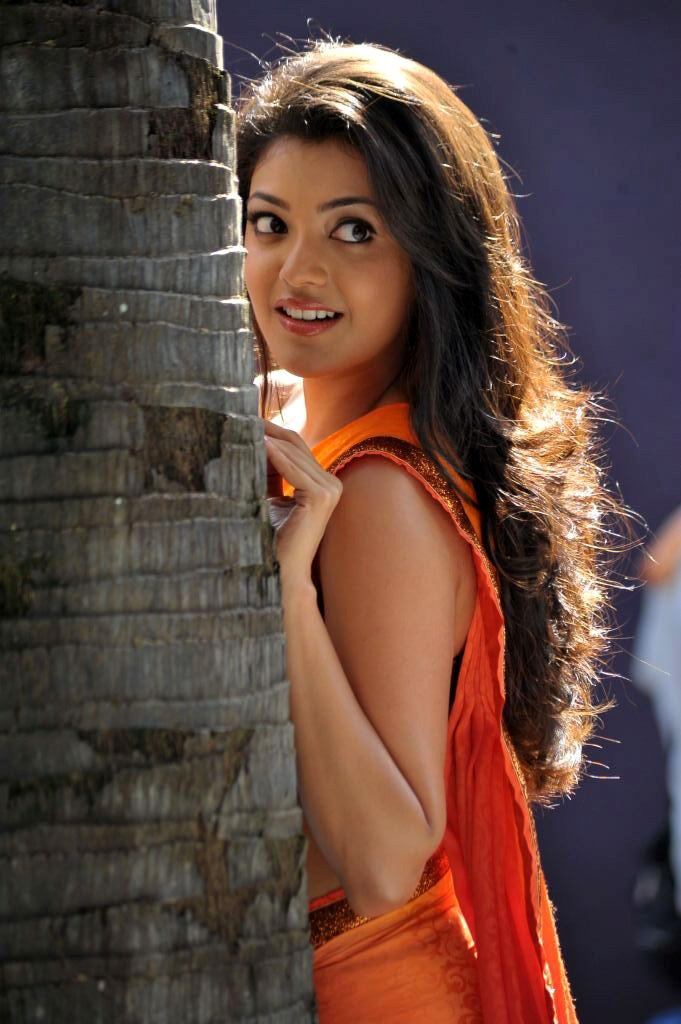 காஜல் அகர்வால் [ Kajal Agarwal in Saree Spicy Photo Gallery ] Kajal-14