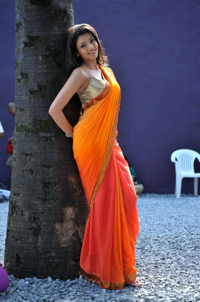 காஜல் அகர்வால் [ Kajal Agarwal in Saree Spicy Photo Gallery ] Kajal-19