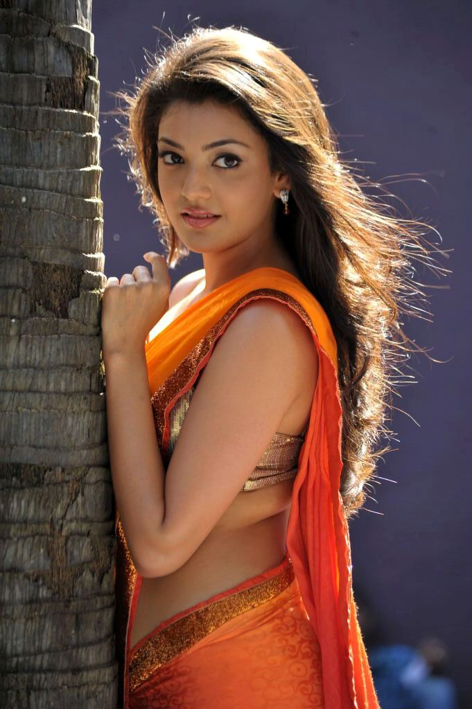காஜல் அகர்வால் [ Kajal Agarwal in Saree Spicy Photo Gallery ] Kajal-22