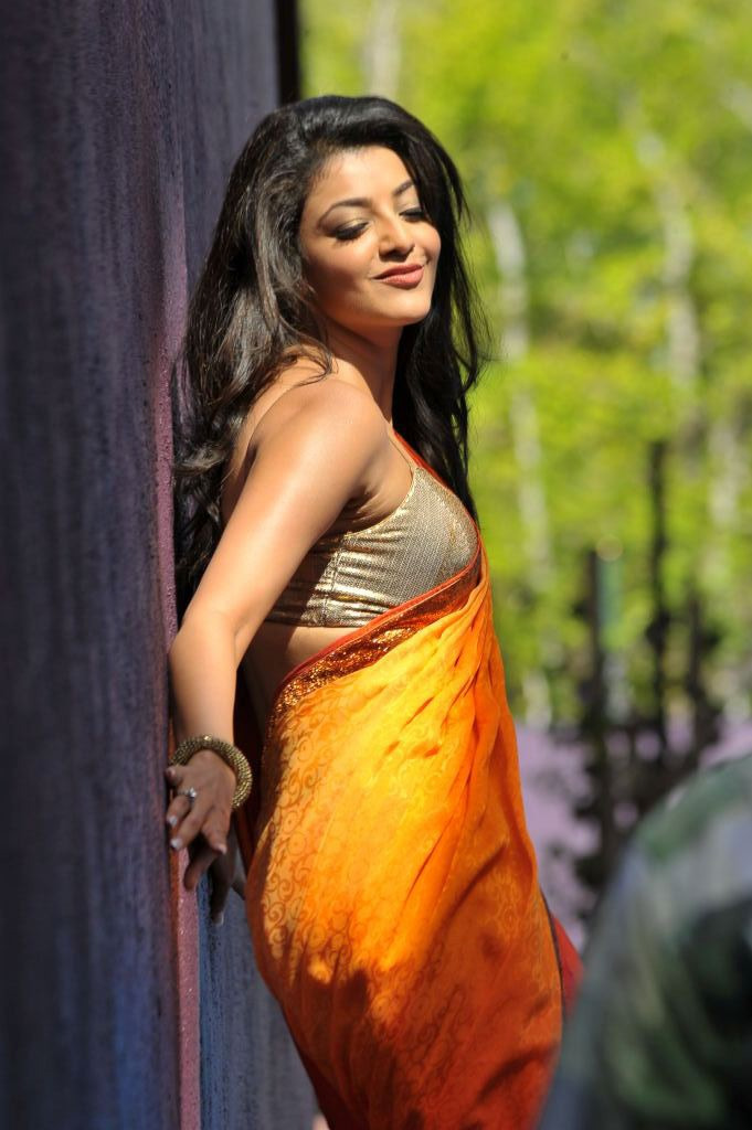 காஜல் அகர்வால் [ Kajal Agarwal in Saree Spicy Photo Gallery ] Kajal-25