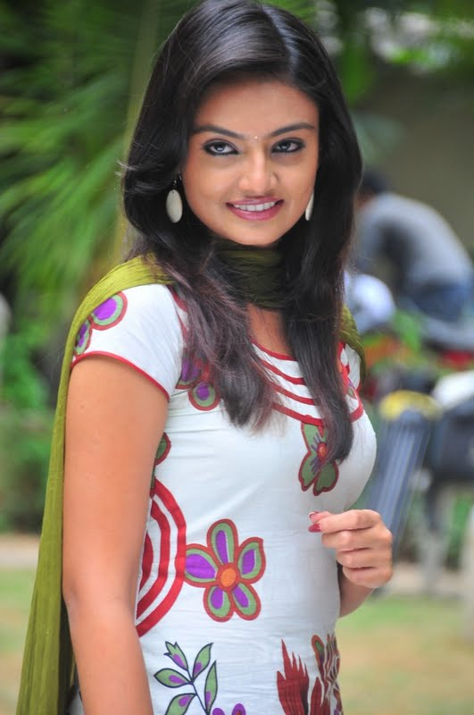Nikitha Narayana in Tight Churidar Pics Nikhit12