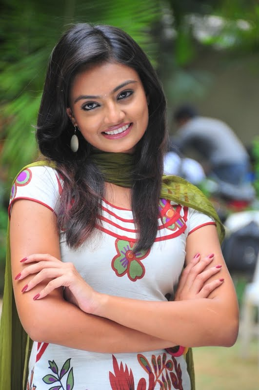 Nikitha Narayana in Tight Churidar Pics Nikhit13