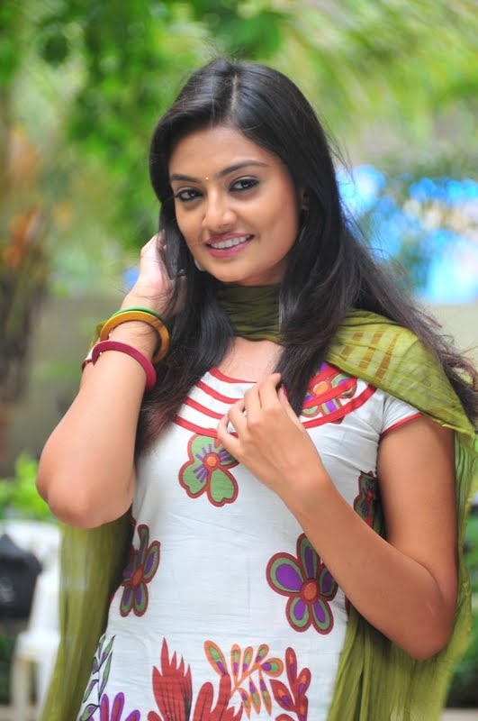 Nikitha Narayana in Tight Churidar Pics Nikhit19
