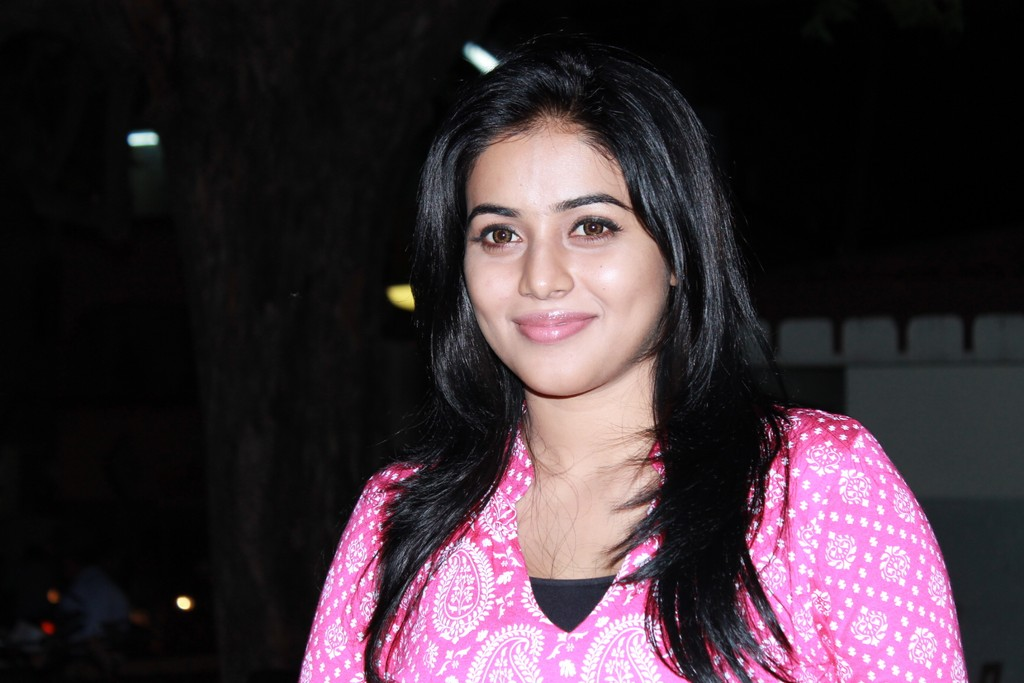 Poorna Bright in Pink Top Poorna15
