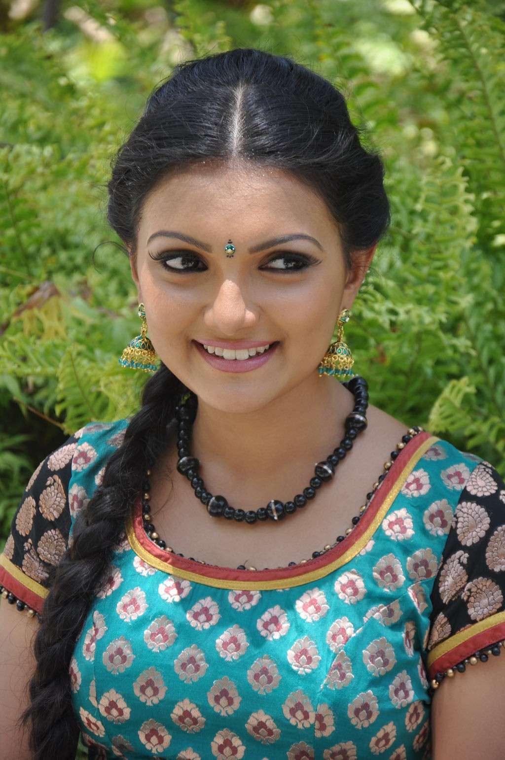 Saranya Mohan Latest Stills Sarany15