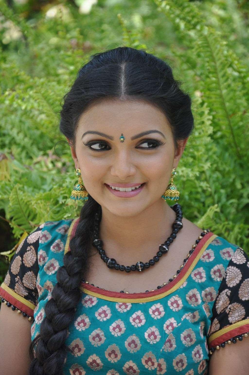 Saranya Mohan Latest Stills Sarany16