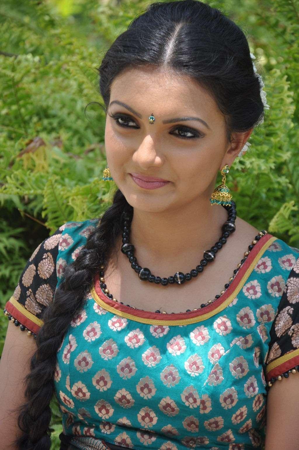Saranya Mohan Latest Stills Sarany18