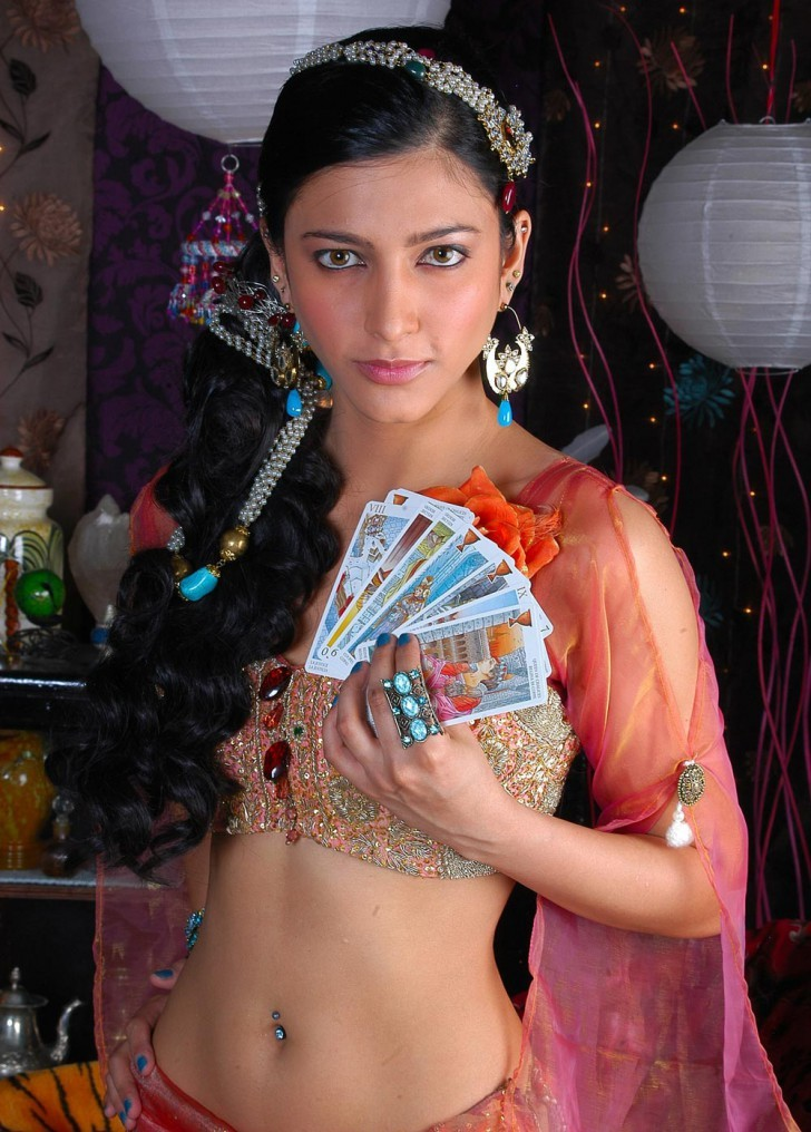 Shruti Haasan Unseen Hot Spicy Stills Shruti11