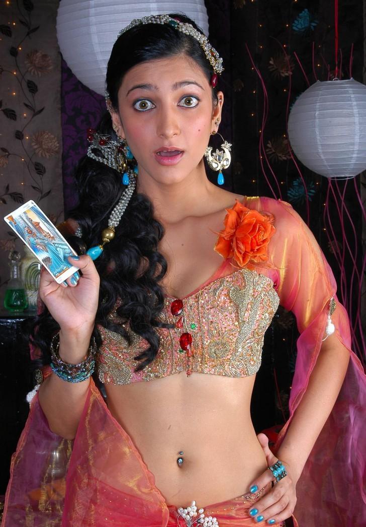 Shruti Haasan Unseen Hot Spicy Stills Shruti19