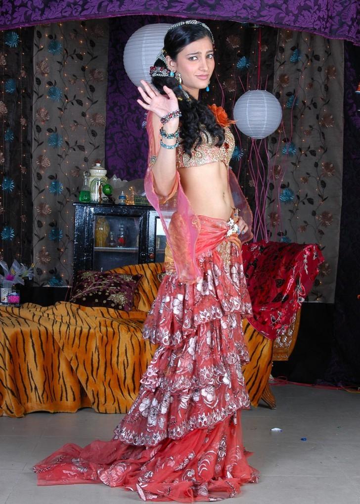 Shruti Haasan Unseen Hot Spicy Stills Shruti26