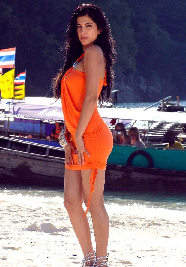 சுருதி ஹாசன் (Sruthi Haasan @ Beach Spicy Stills) Sruthi18