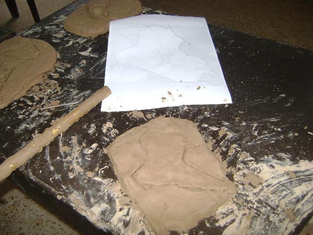 دوره فن النحت على الطين Dsc01222