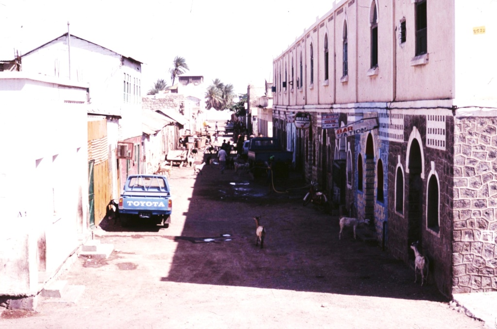 DJIBOUTI - LES BARS - Page 6 Trans125