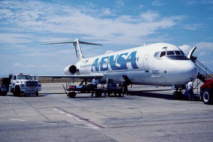 Nuestras aeronaves Dc_9_511