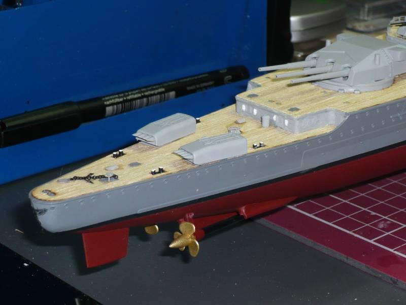 Admiral Graf Spee Premium Edition von Academy 1/350 +Zubehör FERTIG - Seite 2 P1040316