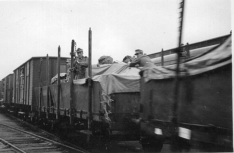 BR86 mit Mörser Thor eisenbahnverlastet und Railway Gondola, als Dio - Seite 2 Storli10