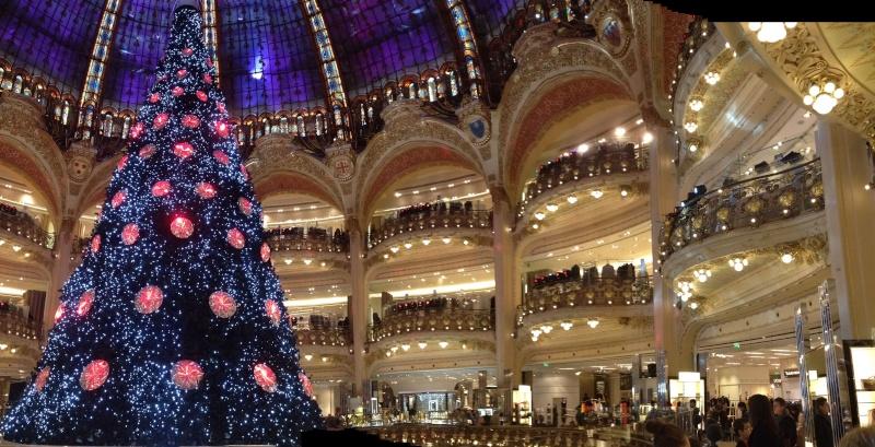 Disney pop up store aux galeries lafayette (du 5/11/2012 au 5/01/2013 ) - Page 5 Img_0911