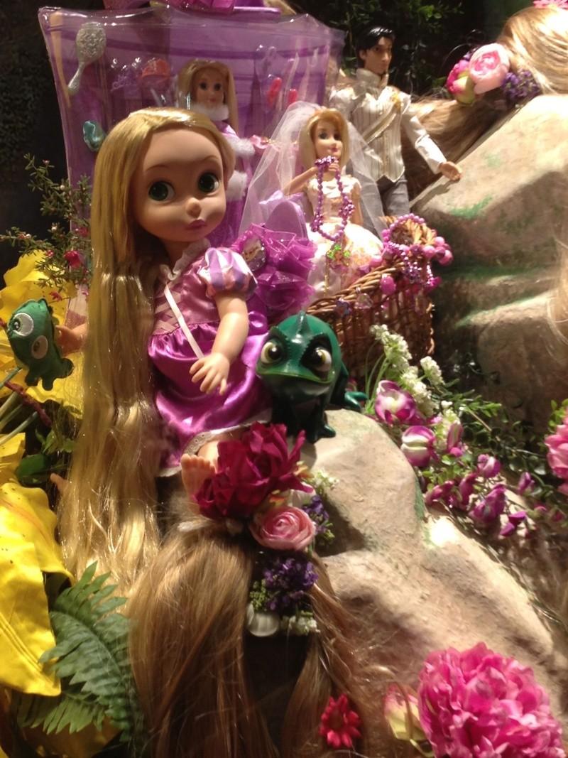 Disney pop up store aux galeries lafayette (du 5/11/2012 au 5/01/2013 ) - Page 5 Img_0921