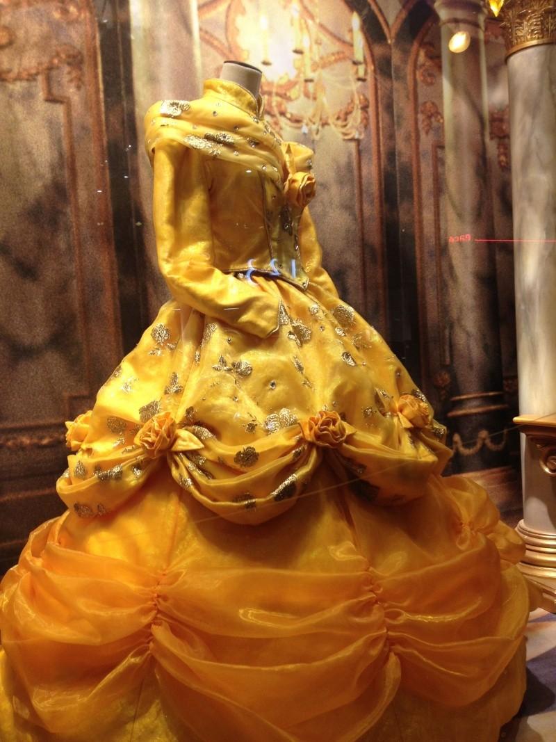 Disney pop up store aux galeries lafayette (du 5/11/2012 au 5/01/2013 ) - Page 5 Img_0925