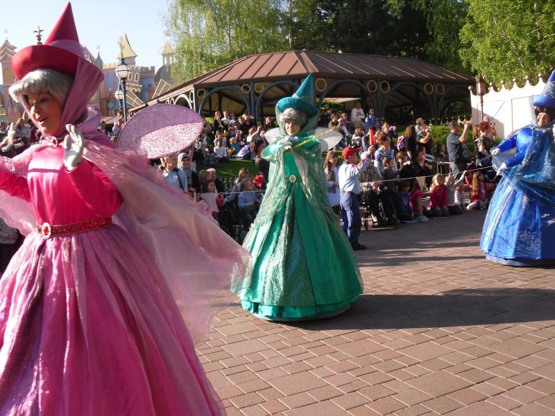 La Magie Disney en Parade ! (2012-2017) - Page 10 Sdc16010