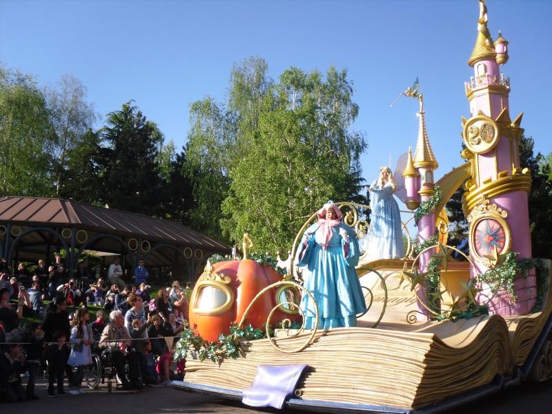 La Magie Disney en Parade ! (2012-2017) - Page 10 Sdc16011