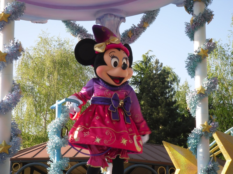 La Magie Disney en Parade ! (2012-2017) - Page 10 Sdc16016