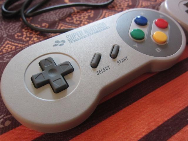 Manette Super Nintendo pour Wii Img_0517