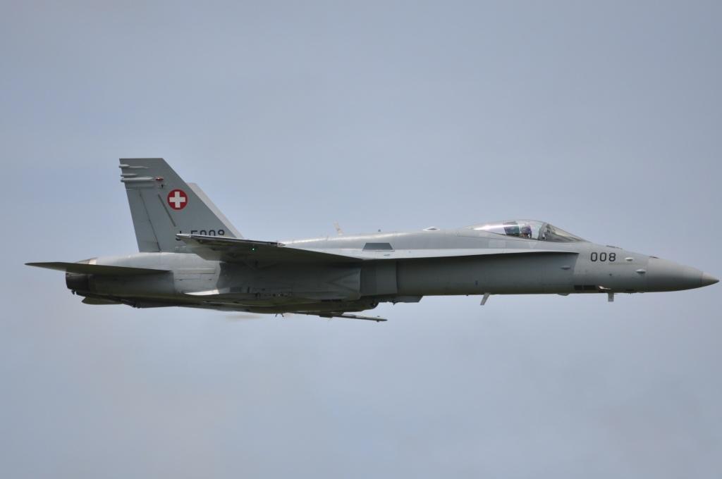 DEBRIEFING Florennes Airshow 2012 Dsc_0311