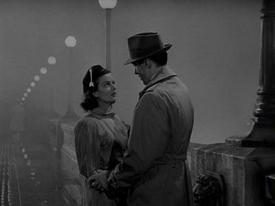 3 Films noirs de Fritz Lang (période américaine)  Manhun10