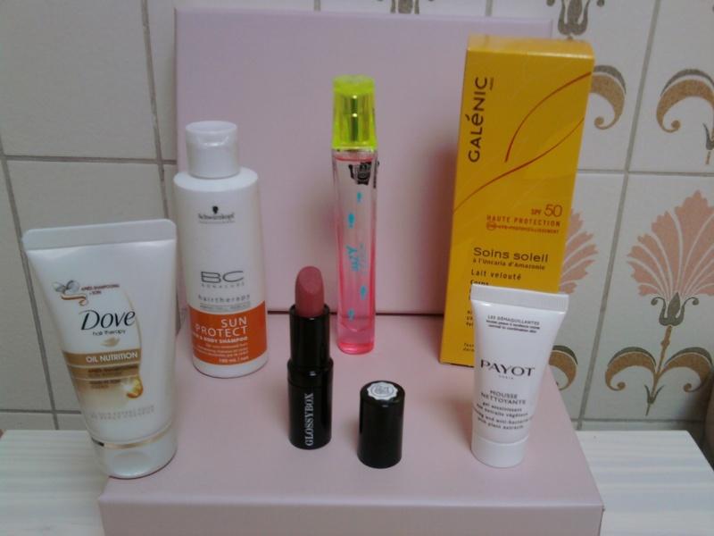 "[Juillet 2012] Glossybox ""Un Pied En Vacances"" Photo114"