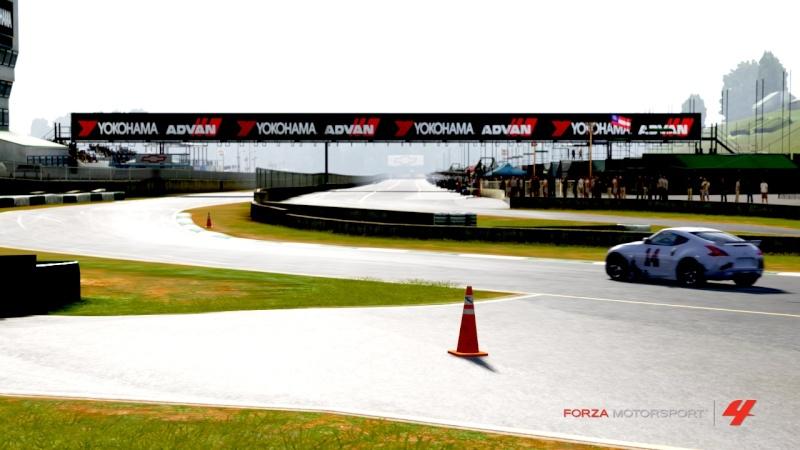 Rickenbacker Media Content Forza412